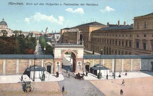 München, Blick auf den Hofgarten und Festsaalbau der Residenz