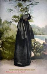 Muhamedanerin in Montur