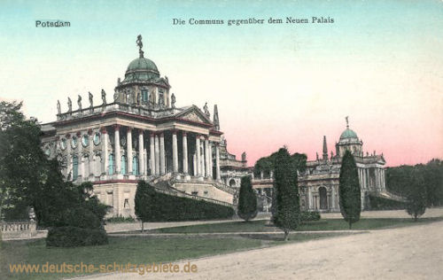 Potsdam, Die Communs gegenüber dem Neuen Palais