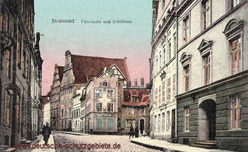 Stralsund, Fährstraße und Schillhaus