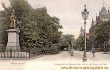 Wilhelmshaven, Königstraße mit Denkmal Kaiser Wilhelm und Post