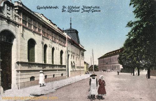 Karlsburg (Gyulafehérvár), Dr. Ujfalusi Josef-Gasse
