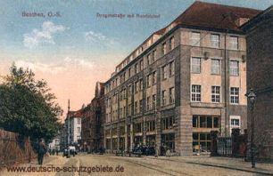 Beuthen O.-S., Dyngosstraße mit Handelshof