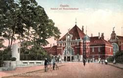 Oppeln, Bahnhof mit Bismarckdenkmal