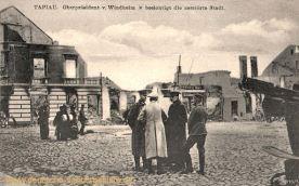 Tapiau, Oberpräsident von Windheim besichtigt die zerstörte Stadt