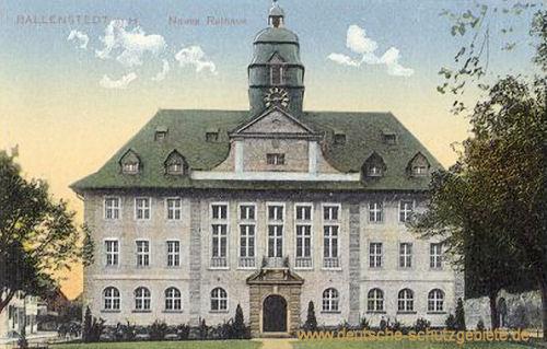 Ballenstedt, Neues Rathaus