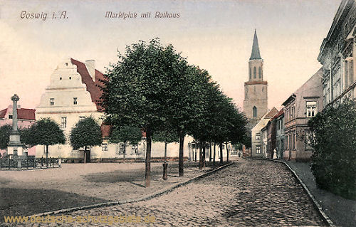 Coswig i. A., Marktplatz mit Rathaus