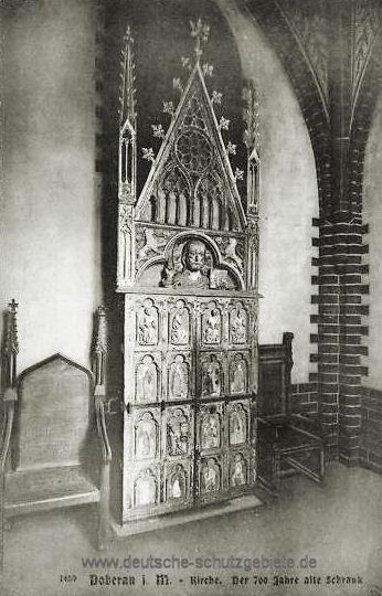 Doberan, Kirche. Der 700 Jahre alte Schrank