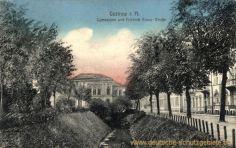Güstrow, Gymnasium mit Friedrich Franz-Straße