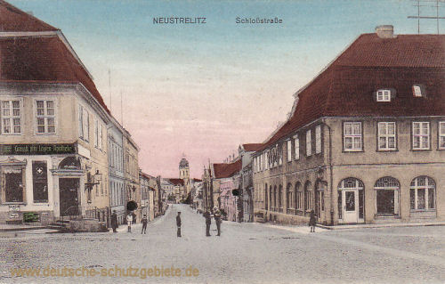 Neustrelitz, Schlossstraße