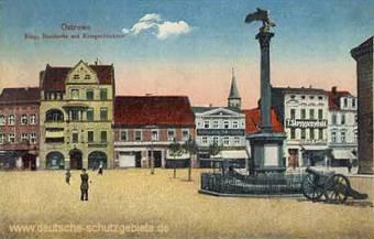 Ostrowo, Ring, Nordseite mit Kriegerdenkmal