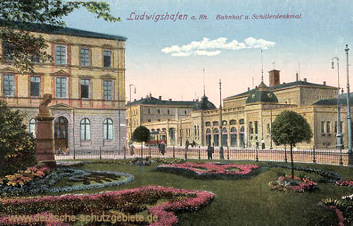 Ludwigshafen, Bahnhof und Schillerdenkmal