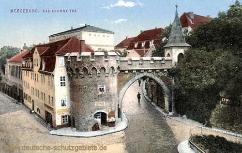 Merseburg, Das krumme Tor