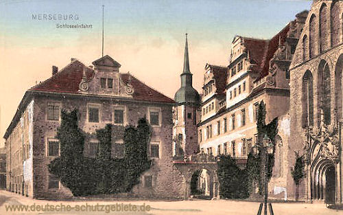Merseburg, Schlosseinfahrt