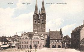Stendal, Marktplatz, Rathaus und Marienkirche