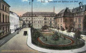 Trier, Kornmarkt mit Rathaus und Post