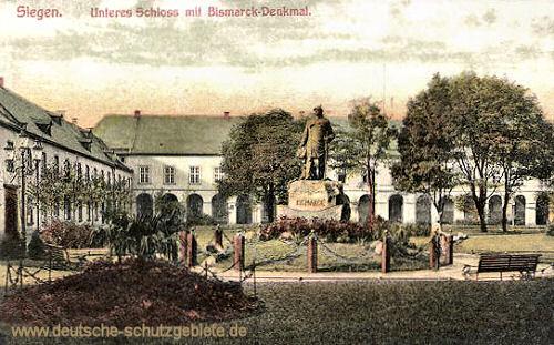 Siegen, Unteres Schloss mit Bismarckdenkmal