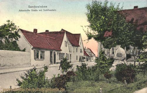 Sandersleben, Askanische Straße mit Schillerstein