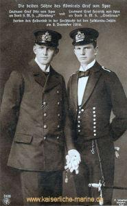 Die beiden Söhne des Admiral Graf von Spee. Leutnant Otto Graf von Speean Bord S.M.S. Nürnberg, Leutnant Heinrich Graf von Spee an Bord S.M.S. Gneisenau starben den Heldentod in der Seeschlacht bei den Falklandinseln am 8. Dezember 1914