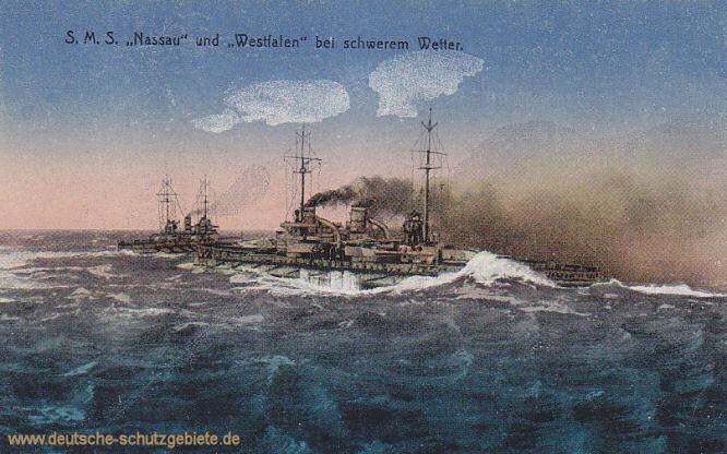 S.M.S. Nassau und Westfalen bei schwerem Wetter