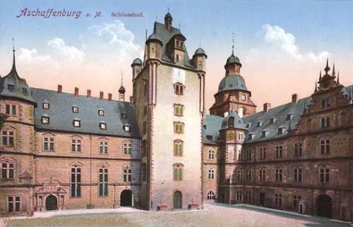 Aschaffenburg, Schlosshof