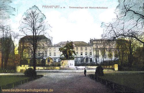 Frankfurt a. M., Taunusanlage mit Bismarckdenkmal