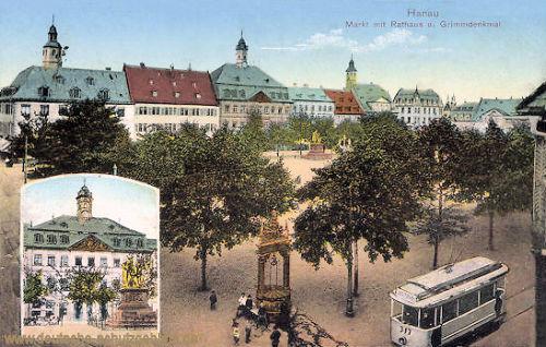 Hanau, Markt mit Rathaus und Grimmdenkmal