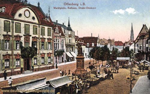 Offenburg, Marktplatz, Rathaus, Drake-Denkmal