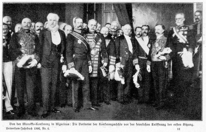 Von der Marokko-Konferenz in Algeciras: Die Vertreter der Konferenzmächte vor der feierlichen Eröffnung der ersten Sitzung. Universum-Jahrbuch 1906, Nr. 6.