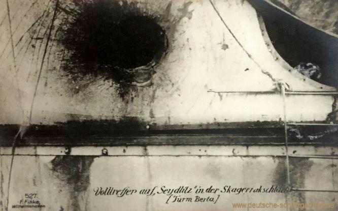 Volltreffer auf Seydlitz in der Skagerrakschlacht (Turm Berta)