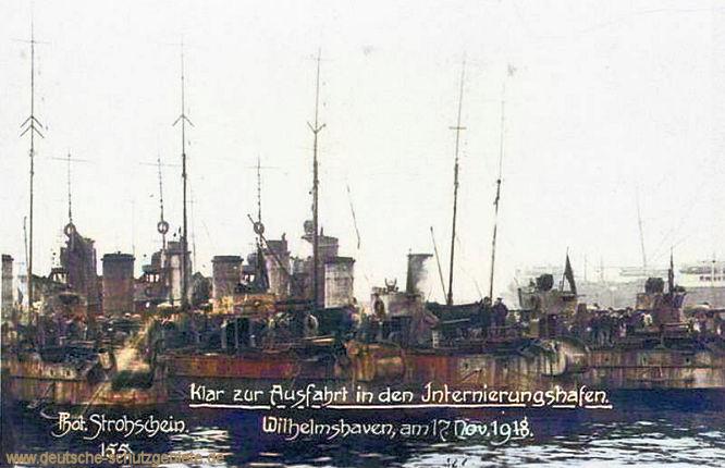 Klar zur Ausfahrt in den Internierungshafen. Wilhelmshaven am 17. November 1918. Foto Strohschein.