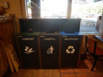 Compost et recyclage Market Plaza
