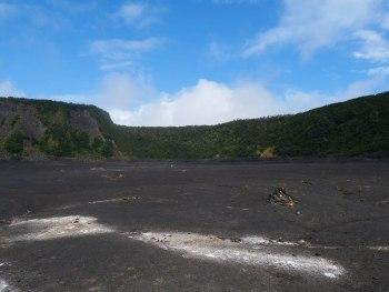 NPS Hawaiian Volcanoes park - Kilauea iki crater