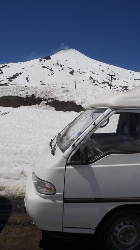 Volcan Villarica et la furgoneta