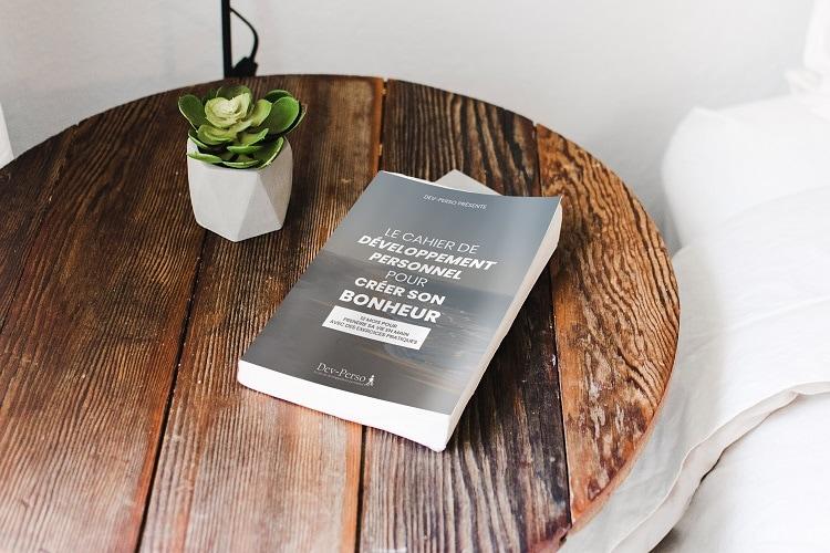 Découvrez le cahier de développement personnel pour créer son bonheur