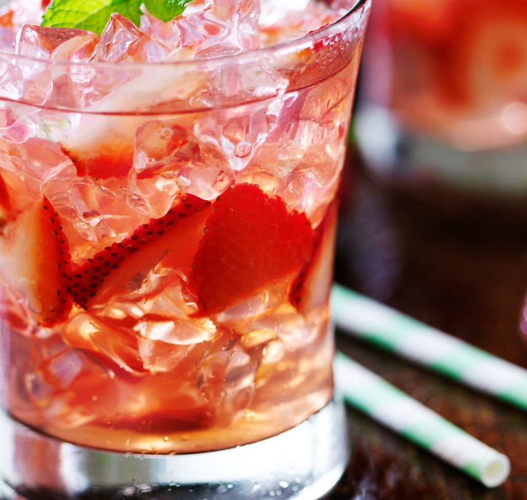 Strawberry Rose Lime Spritzer cocktail