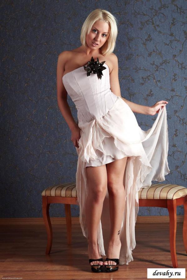 Обнаженная шлюха с роскошным телом » Эротика фото ...