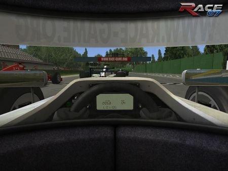race wtcc 07 screen4 - RACE 07: Official WTCC Game