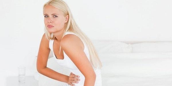 Почему колит низ живота у женщин причины