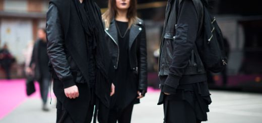 Did you know that wearing black clothes makes you sexier, more confident, and intelligent?