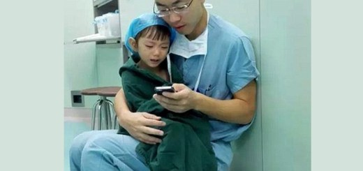 Seeing how this doctor sooths his 2 year old patient will make warm your heart