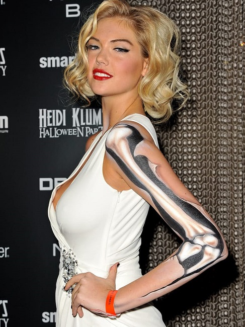 Kate Upton as skeleton