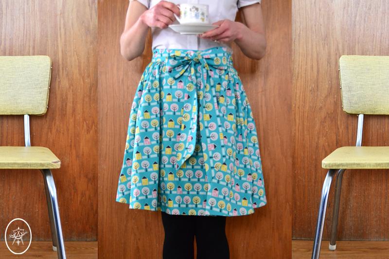 Selfies: Little Houses Skirt