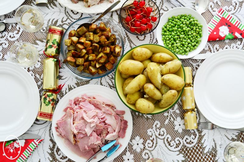 Christmas Shared Meal | Devel Men & Women