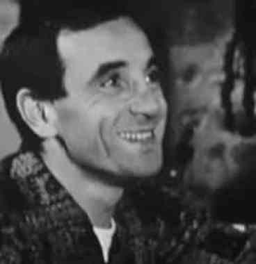 Auteur, compositeur interprète de ses propres chanson, l'artiste Charles Aznavour semblait intégrer toutes les facette d'un adepte des principes du développement personnel