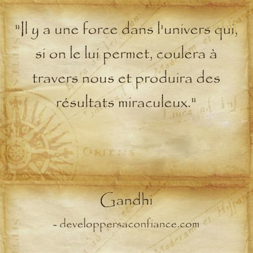 force-univers-aider-loi-attraction