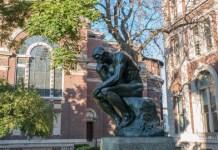 Sculpture du Penseur à l'université de Columbia
