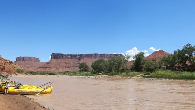 Rafting pendant un summer camp aux Etats-Unis