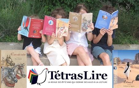 Des enfants lisent Tétraslire, des livres en français