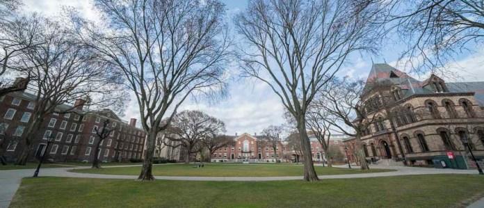 Comment intégrer Brown University aux USA